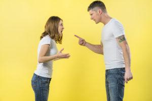 Как справиться с эмоциями во время развода?